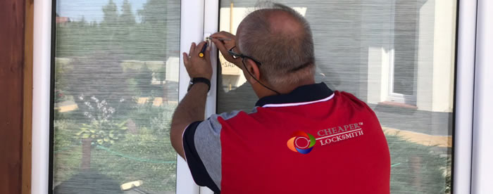 Low Cost Locksmith in Cubitt Town